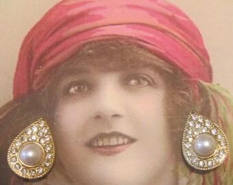 Vintage Gold and Rhinestones Teardrop Clip Earrings