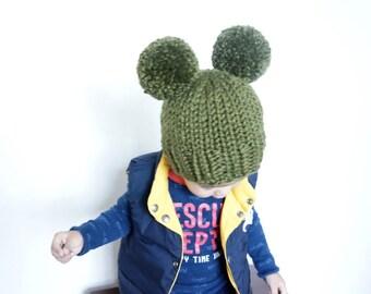 Two pompoms beanie, double pom pom beanie, pom pom beanie, mouse ears hat, newborn beanie, photo prop, toddler beanie, hat with pom pom