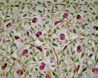 LEE JOFA KRAVET Floral Embroidered Silk Fabric 1 Yard Remnant Plum Aubergine Cream Green