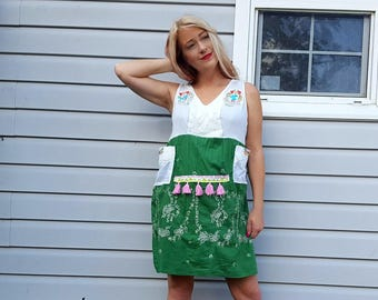 Summer Dress, Artsy Dress, Size Medium to Large, Mexican Embroidery, Boho Gauze, Green White, Women's Upcycled Clothing, Bohemian, Boho ELLE