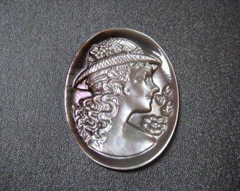 Mother of Pearl Cameo Cabochon 1pcs 40x30mm