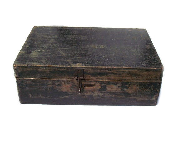 """20"""" Long Vintage Rustic Wooden Box with Hinged Lid"""