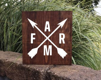 Farm Sign | Hand Painted Sign | Crossed Arrows | Farm With Arrows | Farmhouse Decor | Farmhouse Kitchen | Farm Logo Sign | 22602