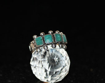 vintage Sterling silver green Turquoise ring / size (5.5)