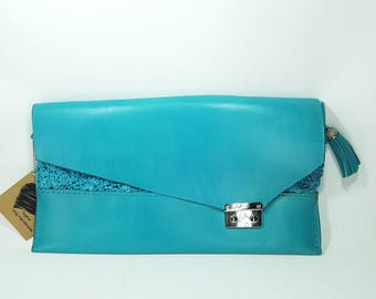 leather/crochet yarn turquoise large clutch