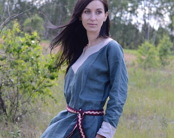 SALE Early Medieval linen underdress gown, Light green SIZE S, M, L,  100% linen. Viking costume, reconstruction.