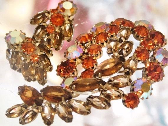 WEISS Rhinestone Brooch Earrings Set