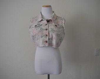 FREE usa SHIPPING Vintage floral denim button up vest/ jean vest/ button up tank top/ 90s grunge/ crop top/ size L