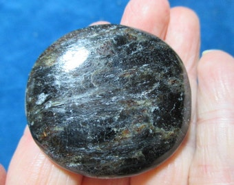 Astrophyllitre Palm Stone - Release Unhealthy Habits