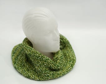 Knitted Cowl Scarf, Chunky Hood Scarf, Handemade Scarf, Green Neck Warmer