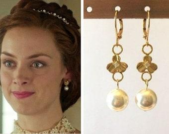 Queen Elizabeth Reign Gold Flower Petal Cz Clover White Pearl Drop Renaissance Tudor Earrings