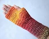 Fingerless gloves. Long f...
