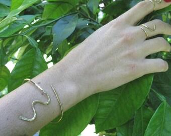 Gouden Snake armband, armband Snake, Snake Bangle, verstelbare armband, gouden gevulde armband, Snake Jewelry, armband, gehamerd