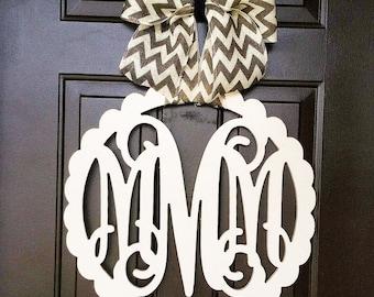 Custom MONOGRAM Circle w/ Scalloped Edge/door hangert/nursery wall hanging/24 inch/chevron/wooden/wedding gift