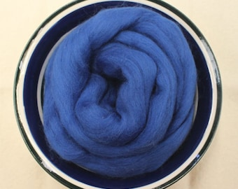 Blue Merino Wool Roving - 1 oz - Nuno Felting / Wet Felting / Felting Supplies / Hand Felting / Needle Felting / Fiber Supply / Fiber