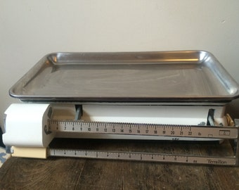 Kitchen Scales, Vintage Enamel, French Scales, Mechanical Kitchen Scales, Balance Scales, Weighing Scales, Terraillion Scales, White Scales,