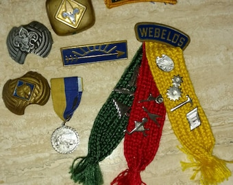 Instant collection of vintage Webelos scouting neckkerchief rings, patch and pins.