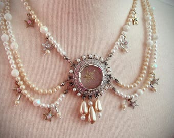 Art Deco Pearls and Stars Necklace and Earrings Set