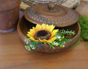 Hair sunflower, Sunflower decorative comb, Sunflower headpiece, Sunflower bridal comb, Sunflower wedding, Yellow haircomb, Rustic hair comb