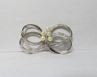 Vintage Gold Filled Cultured Pearl Bow W #71