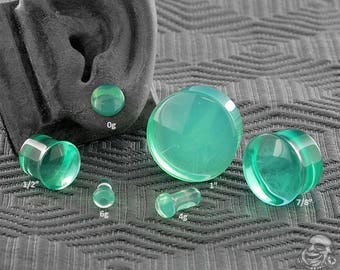 "Single Flare Spearmint Glass Plugs 6g, 4g, 2g, 1g, 0g, 10mm, 7/16"", 1/2"" (12.5mm), 9/16"", 5/8"", 3/4"", 7/8"", 1"""