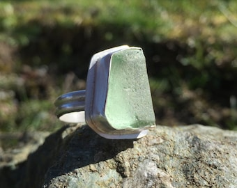 Sea Glass Ring, Size 7 1/2, Mint Green, Sterling Silver