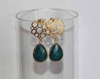 Free Shipping. Gold Polished Circle Earrings with Emerald Green Jade Pendant. Hand made