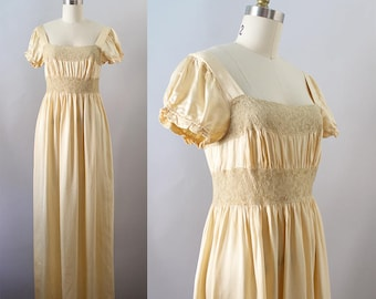 1930s Nightgown / Vintage 30s Silk and Rayon Nightgown / S M