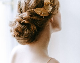 Wedding botanical comb - Bridal comb with leaves - Wedding hair branch - Bridal headpiece - Wedding hair accessory - Wedding Adornment