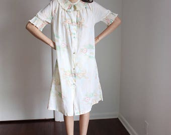 Vintage Floral Ruffle Neck/Sleeve Sheer Small