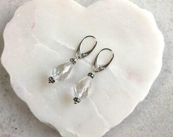 Gemstone drop earrings, Quartz dangle earrings, Clear quartz earrings, Faceted earrings, Simple earrings, Clear quartz earrings