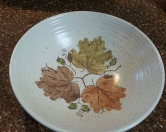 Metlox Poppytrail Woodland Gold Serving Bowl dinnerware vintage collectible home and living