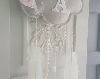 Grey white Felt Cloud, Feather Baby Mobile, Cloud Feather Nursery Decor, Grey Felt Cloud initial Hanger Grey White Blush Pearls Baby Mobile