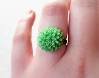 Mum Flower Ring - Green
