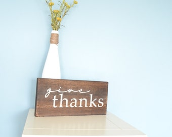 Give Thanks Sign // Rustic fall season sign // Thanksgiving decor // Rustic Thanksgiving sign // Small Thanksgiving sign