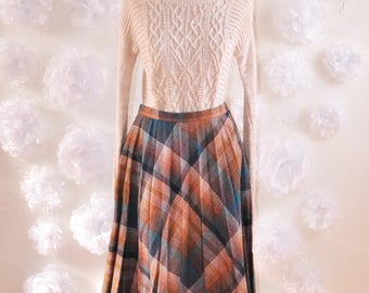 The Martha: Vintage 70s Plaid Flannel Wool Midi Skirt