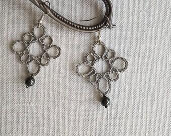 Grey tatting earrings, lace tatted earrings, bridal earrings, tatting lace jewelry, dangle earrings, gift ideas, frivolite.