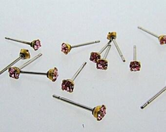 12 LIGHT ROSE RHINESTONE Vintage jewel brass stud earrings v861