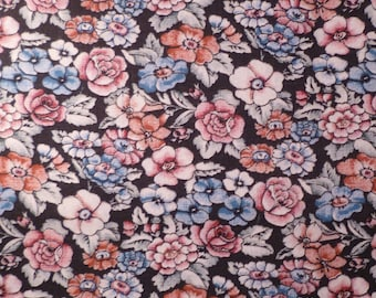 Flower Mixture - Vintage Fabric - Cotton - Marcus Brothers