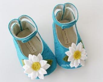 Leila Felt Baby Shoes PDF Sewing Pattern (#48)