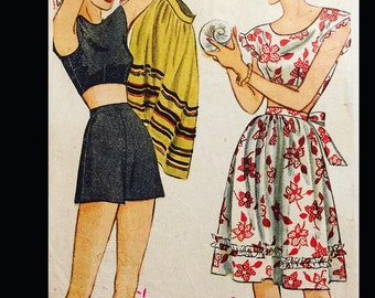 Vintage WWII 40s Fabric Rationing Era Playsuit Dress Skirt Shorts Thrifty Sewing Pattern 1308 B34