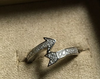 Diamond arrow spike bead set sterling silver round single cut bypass ring size 6
