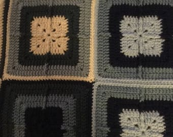 The blues in granny squares
