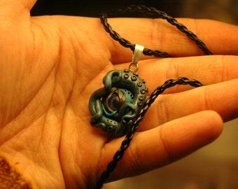 Cthulhu pendant - polymer clay - Fantasy Cthulhu Octopus Geek