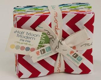 Half Moon Modern Zig Zag Fat Quarter Bundle by Metro for Moda
