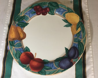 """Victoria and Beale Forbidden Fruit Dinner Plates 10-3/4"""" Set of Two Indonesia"""