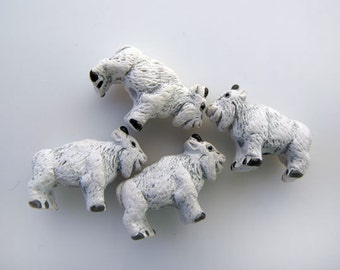 20 Tiny Billy Goat Beads - CB818