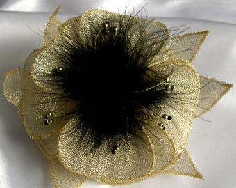 Large barrette made of fabric (Golden organza), black feathers and beads