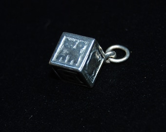 Vintage James Avery Baby Block Sterling Silver Kitty Cat Apple Sailboat ABC Pendant Charm #BKC-KCHRM115