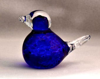 Glass Sculpted Large Blue Bird Ready for Spring Paperweight